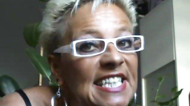 Blush porno a la maison de retraite Vivian