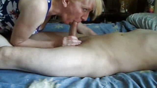 Cul porno fait maison serré en collants noirs - Film complet