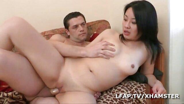 Putain mature avec un fait a la maison porno jeune étalon