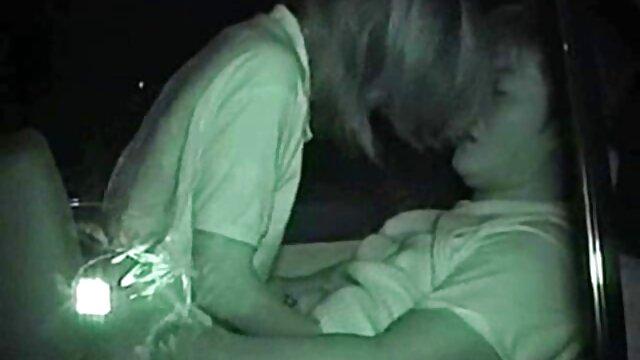 Carrie Moon maison de production porno se branle