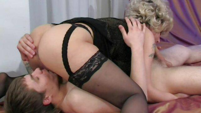 Interracial blanc sex amateur a la maison enceinte enceinte