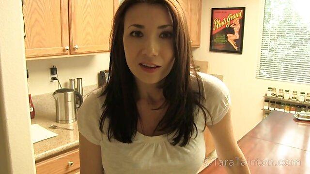 Amateur petite teen sexe anal rugueux avec grosse bite porno dans la maison